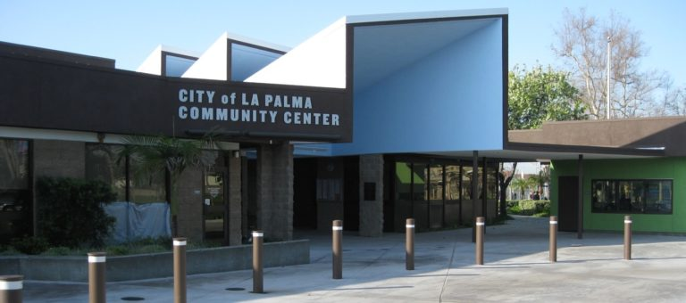 La Palma Orange County - Community Center